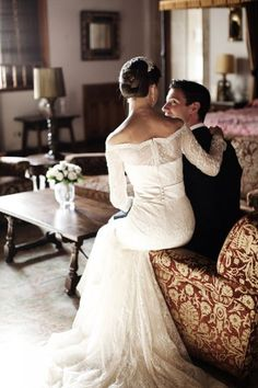 winter wedding - lace sleeves wedding dress