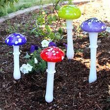 . Garden Mushrooms, Glass Mushrooms, Hand Blown Glass, Botany, Stuffed Mushrooms, Creative Ideas, Colors, Stuff Mushrooms, Diy Creative Ideas