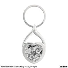 Roses in black and white Silver-Colored twisted heart key ring
