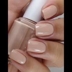 Essie spring spin the bottle. New favorite from Essie! Neutral Nails, Nude Nails, Pink Nails, Beige Nails, Cream Nails, Essie Nail Polish, Nail Polish Colors, Natural Nail Polish Color, Gel Polish