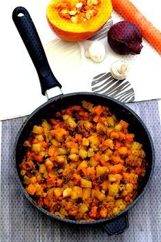 Pan-fried squash, potatoes, carrot and mushrooms – Amandine Cooking How To Cook Squash, Veggie Fries, Stuffed Mushrooms, Fried Mushrooms, Ratatouille, Vegan Recipes, Curry, Veggies, Pumpkin