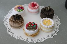 Quilled cakes