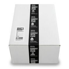 【楽天市場】梱包&収納クラフトテープ白黒セット:mon・o・tone 楽天市場店 Food Packaging Design, Branding Design, Identity Branding, Visual Identity, Luxury Packaging, Brand Packaging, Brochure Design Layouts, Photo Images, Cardboard Packaging