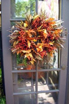 15 Colorful Fall Outdoor Decorating Ideas Fall Decorating Ideas for Your Porch, Yard & Outdoor Spaces: Fall Beauty Wreath Thanksgiving Wreaths, Autumn Wreaths, Wreath Fall, Holiday Wreaths, Fall Yard Decor, Seasonal Decor, Porch Decorating, Decorating Ideas, Autumn Decorating