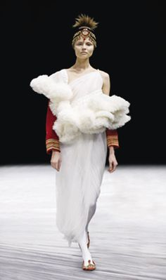 Ensemble, The Girl Who Lived in the Tree, autumn/winter 2008–9 | Alexander McQueen