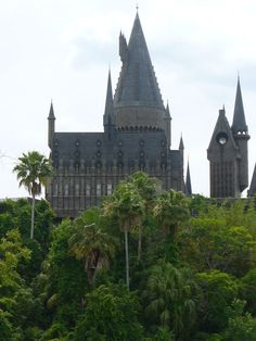 Hogwarts, now with Palm Trees. Universal Studios