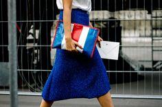 Clutch de Balenciaga | Galería de fotos 15 de 42 | VOGUE