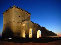 Torre Lapillo di sera al tramonto