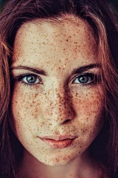 Red Hair Freckles, Redheads Freckles, Freckles Girl, Beautiful Freckles, Beautiful Red Hair, Gorgeous Redhead, Red Hair Woman, Freckle Face, Redhead Girl