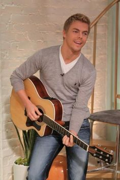 Derek Hough brings along his guitar for his appearance on Access Hollywood Live on October 2010 Derek And Julianne Hough, Derek Hough, Access Hollywood, Man Crush Everyday, Raining Men, Dancing With The Stars, Beautiful Men, Dancer, Men Casual