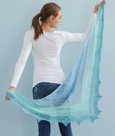 Free Knitting Pattern for a Triangular Shawl with Lace