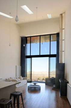 Open floor plan for rentals. Plot 4328 / Bernard Khoury Architects