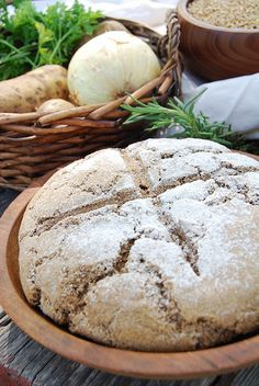 Medieval Food: Anglo-Saxon Pottage and Maslin Bread