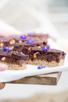 vegan-snickers-cosmopolitan