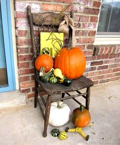 Decorator pumpkins come in all shapes, sizes, and colors. I gathered a group of inspirational photos featuring some great fall displays.