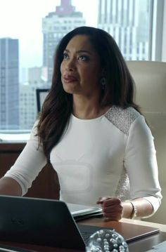 Gina Torres Jessica Pearson Suits No Puedo Hacerlo Lawyer Fashion, Office Fashion, Work Fashion, Trendy Fashion, Business Chic, Business Outfits, Business Fashion, Business Clothes, Suits Tv Shows