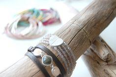 Leder-Armband, Armkette mit Steinen, Armkettchen mit Herz #sence #copenhagen Copenhagen, Bracelets, Leather, Jewelry, Bangle, Earrings, Heart, Bangles, Jewlery