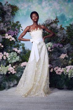 Marchesa, Vogue Fashion, Fashion Beauty, Fashion Show, Fashion Trends, Celebrity Dresses, Celebrity Weddings, Celebrity Style, Dressy Dresses