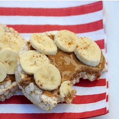 Rice cake, almond butter, cinnamon, and bananas