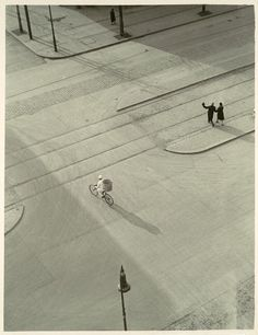 László Moholy-Nagy - 7 A.M. (New Year's Morning), ca. 1930