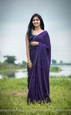 69 Ideas Tree Photography Girl Lights For 2019 Satin Saree, Silk Satin, Beautiful Girl Indian, Beautiful Saree, Purple Saree, Saree Poses, Simple Sarees, Saree Photoshoot, Stylish Sarees