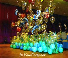 Under the Sea party complete with balloon bubbles, Mylar fish and balloon waves.