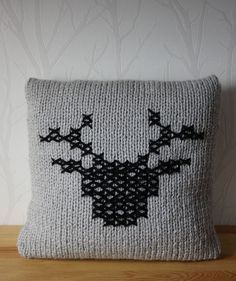 Knit pillow cover Deer knitted pillow by CreamKnit on Etsy