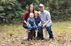 Family of 4 photo shoot. Kids. Family. Fall photo shoot.