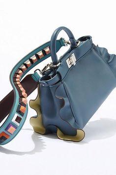 cbbfc43d3a71 Fendi  Handbags  Handbags Geldbörsen – amzn.to 2huZdIM handgefertigte Lederh