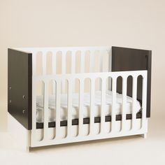 Ana Crib convertible into Toddler Bed. Design by Valeria Tamayo.