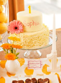 A Sunshine Birthday Party (with a splash of pink!)