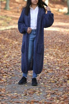 Chunky Knit Cardigan/ Loose Oversized Knit Cardigan/ VilotBlue Oversized Knit Cardigan, Women's Sweaters, Hand Knitting, Normcore, Trending Outfits, Crochet, How To Wear, Beautiful, Etsy