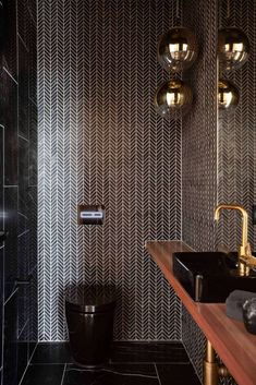 Stunning contemporary home located in Parkdale / Melbourne, Australia, designed by DBA Interiors. Bathroom Goals, Bathroom Inspo, Bathroom Inspiration, Small Bathroom, Master Bathroom, Wc Design, Toilet Design, Toilet Hotel, Bathroom Design Luxury