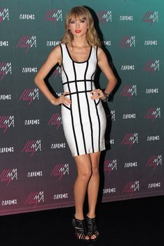 Taylor Swift in Hervé Léger at the MuchMusic Video Awards