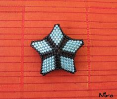Five point star tute.  Needs Translation.  #Seed #Bead #Tutorial