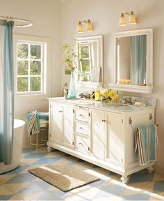 Classic Blue Country #Bathroom from Pottery Barn