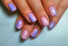 Shining gradient manicure in purple tones underlines the tenderness of soft lilac, beautiful azure of the evening. Brilliant lilt effectively merge into a