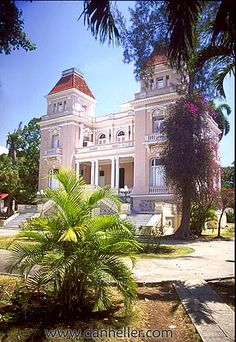 house-bacardi.jpg bacardi, caribbean, cuba, havana, houses, images, island nation, islands, latin america, south america, vedado, vertical