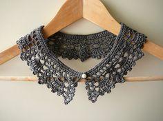 grey crochet collar. €12.50, via Etsy.
