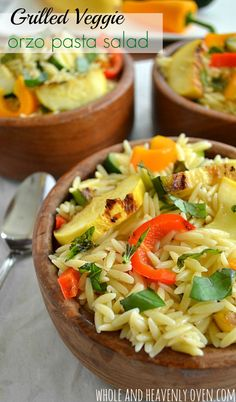 Skip all the calories found in most pasta salads, and load up instead on this fresh veggie orzo. | wholeandheavenlyoven.com #healthy #pastasalad