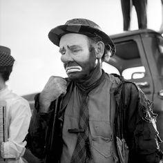 """VIVIAN MAIER // Emmett Kelly as the clown figure """"Weary Willie"""" [Undated]"""
