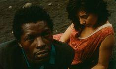 "DOWN TO EARTH (Portugal 1995, Pedro Costa, 110 Min.) in der Reihe ""Afrika Vis-à-vis"" am 20.9. um 19 Uhr im METROPOLIS Kino Hamburg."