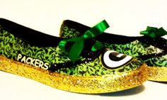 Love these!  Green Bay Packers Tennis Shoes by FANtasticShoes on Etsy