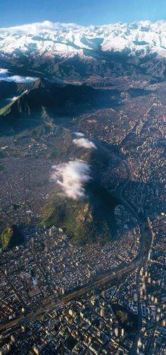 Cerro San Cristobal desde las alturas - Alameda . Santiago, Chile