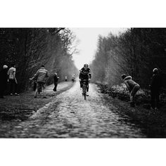 Roubaix recce with @lukerowe1990 through the Trouée d'Arenberg. Editioned prints available via link in profile.