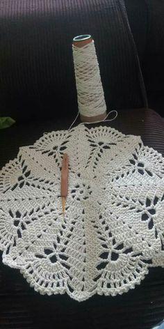 Crochet Border Patterns, Beading Patterns Free, Crochet Motif, Crochet Designs, Crochet Doilies, Crochet Flowers, Crochet Stitches, Easy Crochet Hat, Crochet Baby
