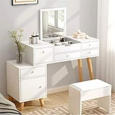 (paid link) The Best burgundy makeup see , {} , and Products #burgundymakeuplook Room Design Bedroom, Room Ideas Bedroom, Bedroom Decor, Small Dressing Table, Dressing Table Design, Makeup Dressing Table, Dresser Furniture, Bedroom Furniture, Furniture Design