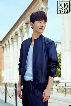 Yang Yang in Milan for Men's Fashion Week S/S Street Style. Yang Chinese, Yang Yang Actor, Mens Fashion Week, Fashion Weeks, Big Star, Actor Model, My Sunshine, Photo Book, My Idol