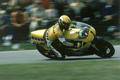 - Kenny Roberts -   http://www.yamaha-community.fr/kenny-roberts