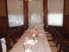 Square table seating